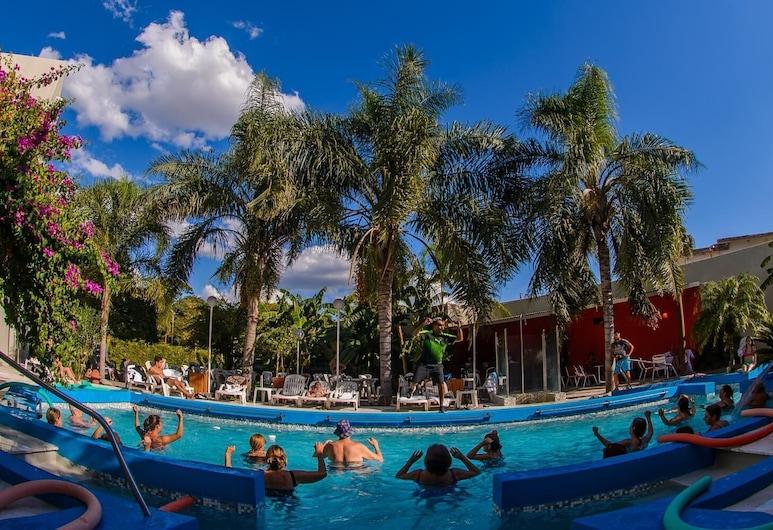 هوتل إمبيارتيز, Termas de Rio Hondo, حمام سباحة