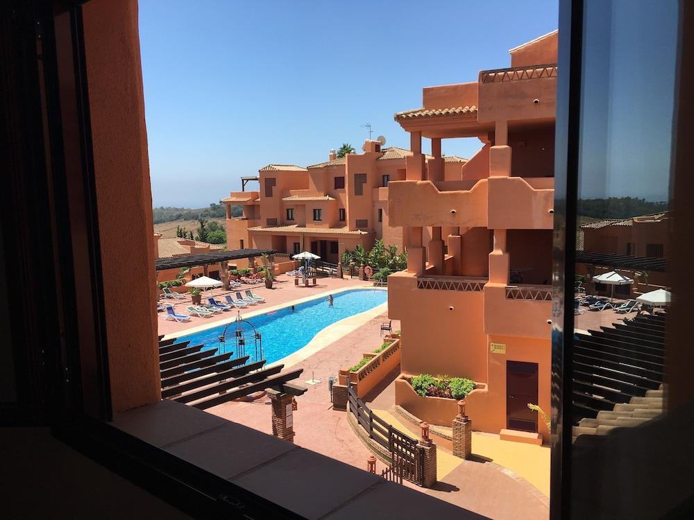 Royal Suites Marbella, Benahavis