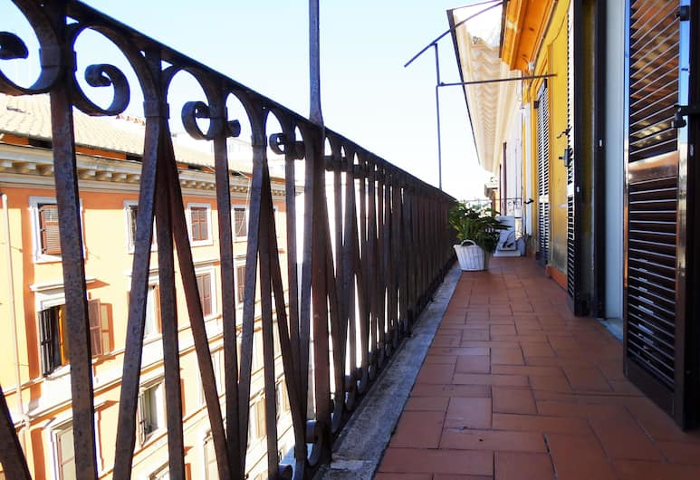 Millerose, Rome, Terrace/Patio