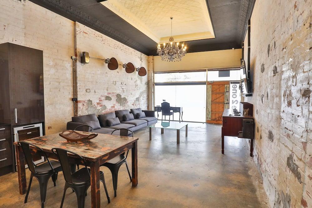 Appartamento Standard, 2 camere da letto - Pasti in camera