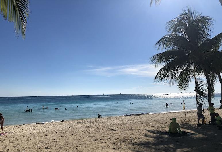 La Carmela de Boracay Resort Hotel, Boracay Island, Pantai