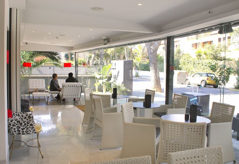 Hotel Sitges, Sitges, Lobby Sitting Area