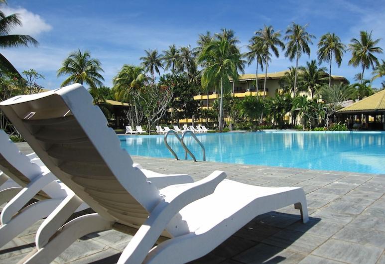 Palm Beach Resort & Spa, Labuan, Vanjski bazen