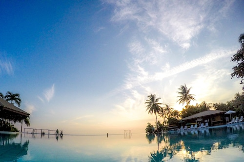 棕櫚海灘度假村和