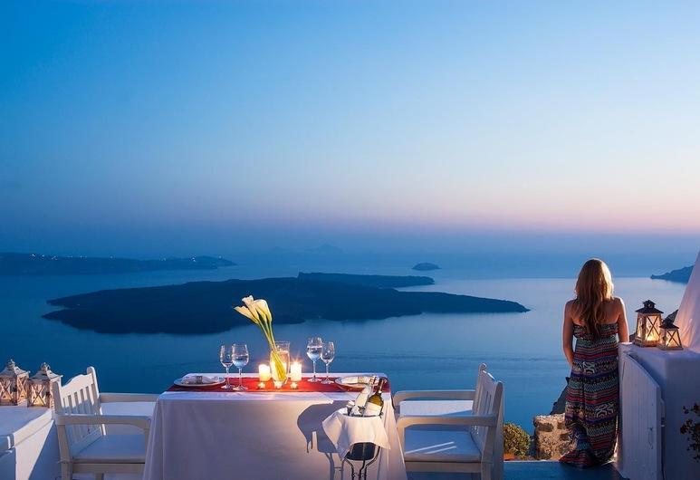 Aliko Luxury Suites, Santorini, Outdoor Dining