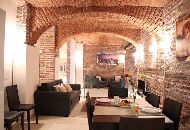 MH Apartments Central Prague, Prague, Duplex Bedroom Apartment for 5 People, Living Area