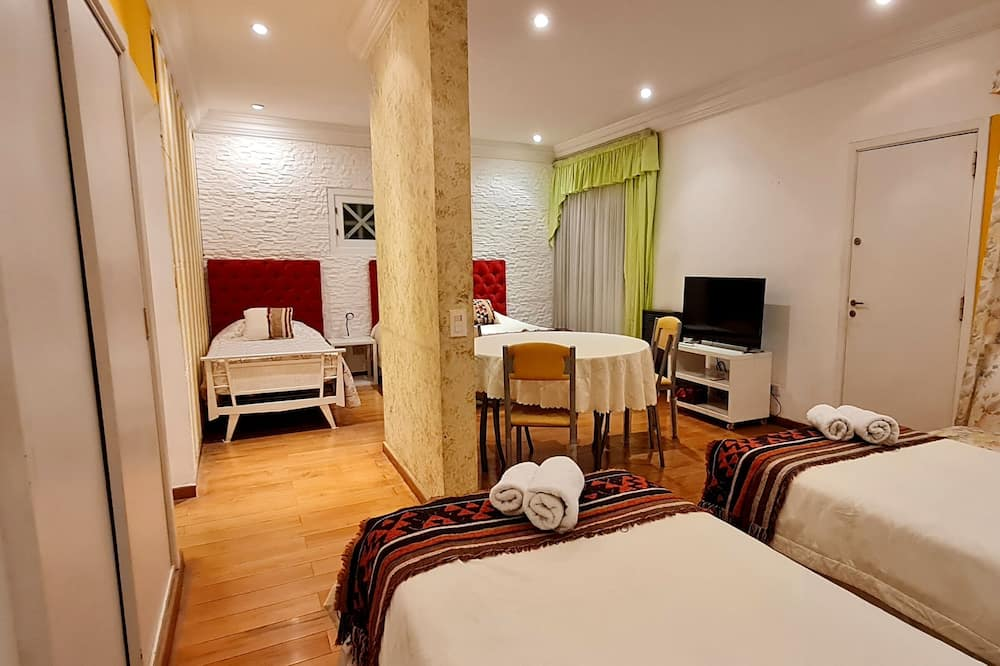 Deluxe Apartment, Multiple Beds - Room