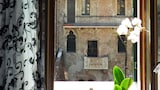 Book this Bed and Breakfast Hotel in Verona