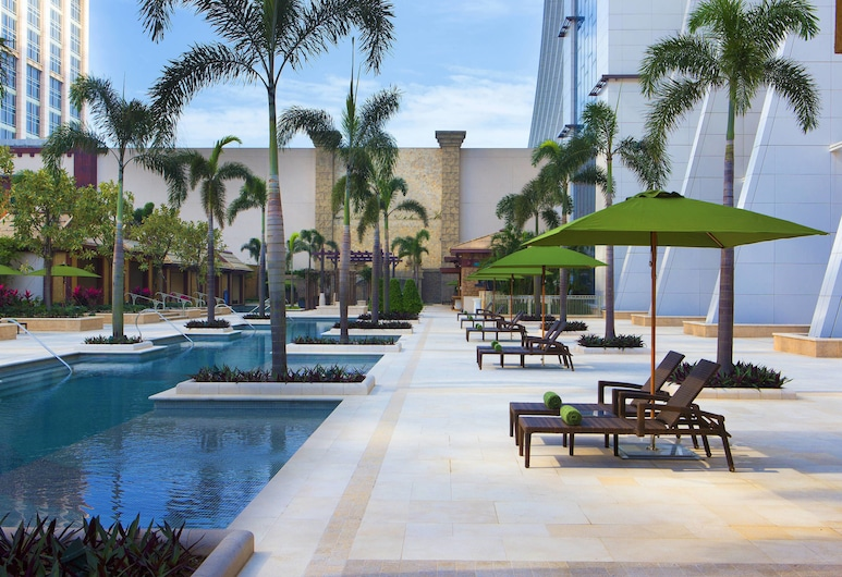 Sheraton Grand Macao, Cotai Strip, Cotai, Pool