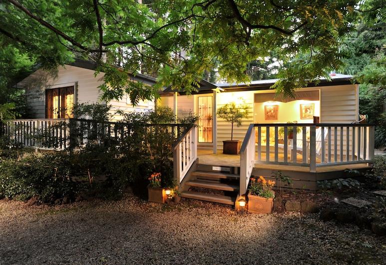 Clarendon Cottages, Sassafras, Deluxe Cottage, 2 Katil Ratu (Queen), Garden View, Depan hartanah - siang