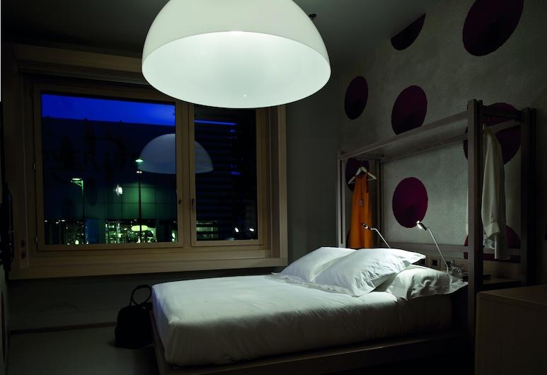 NU Hotel, Milano, Deluxe kahetuba ühele, Tuba