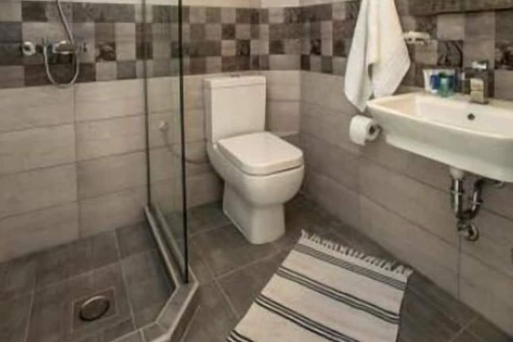スーペリア ダブルルーム プールビュー - バスルーム