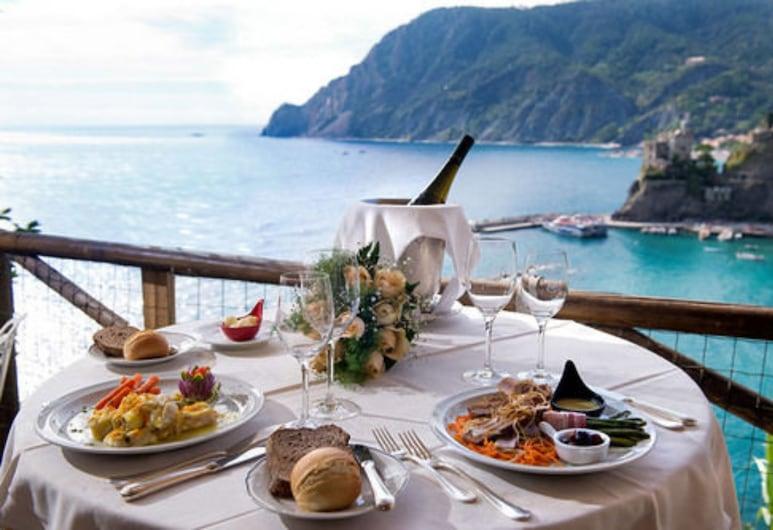 Hotel Porto Roca, Monterosso Al Mare, Γεύματα σε εξωτερικό χώρο