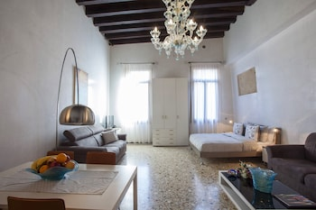 Picture of Ca' Sant'Angelo Apartments in Venice