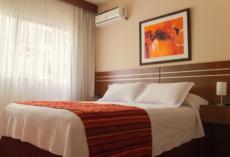 Hotel America, Montevideo