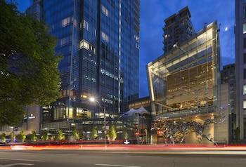 Picture of Shangri-la hotel Toronto in Toronto