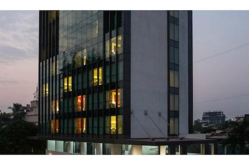 孟買費恩公寓飯店/