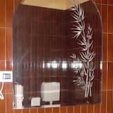 Номер-люкс категорії «Джуніор» - Ванна кімната