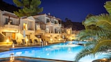 Choose this Apart-hotel in Skopelos - Online Room Reservations
