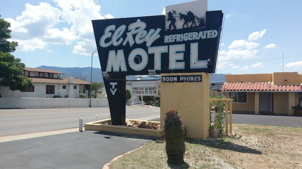 El Rey Motel, Globe