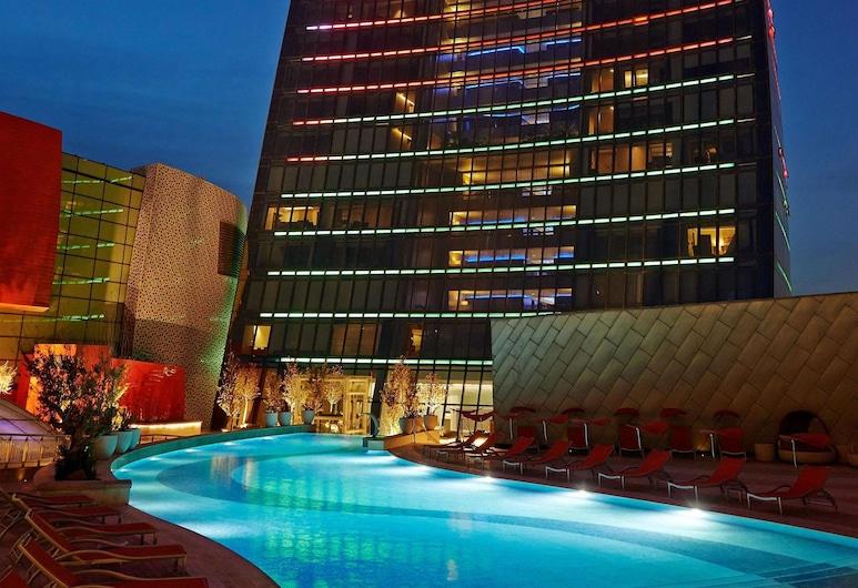 Fairmont Baku, Flame Towers, Baku, Outdoor Pool