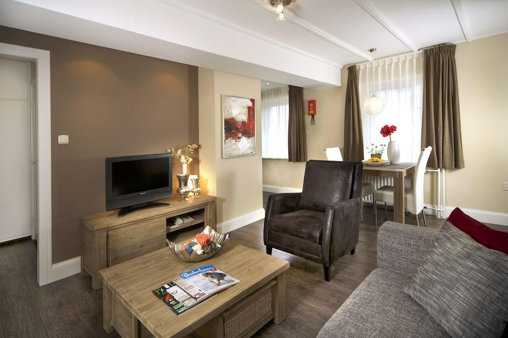 Deluxe Apartment, 1 Bedroom, Kitchen - Living Area