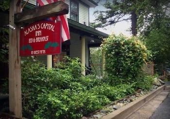 Nuotrauka: Alaskas Capital Inn Bed & Breakfast, Džunas