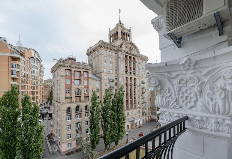 Partner Guest House Khreschatyk, Kyiv, Design studio, Balkon, Balkon