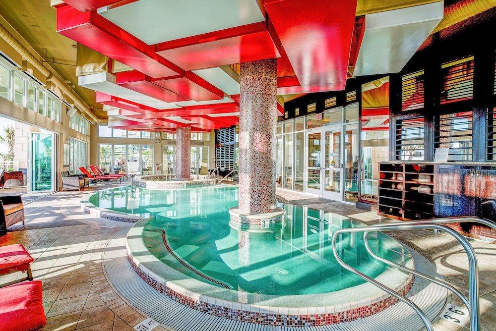virginia beach resort with upscale pool