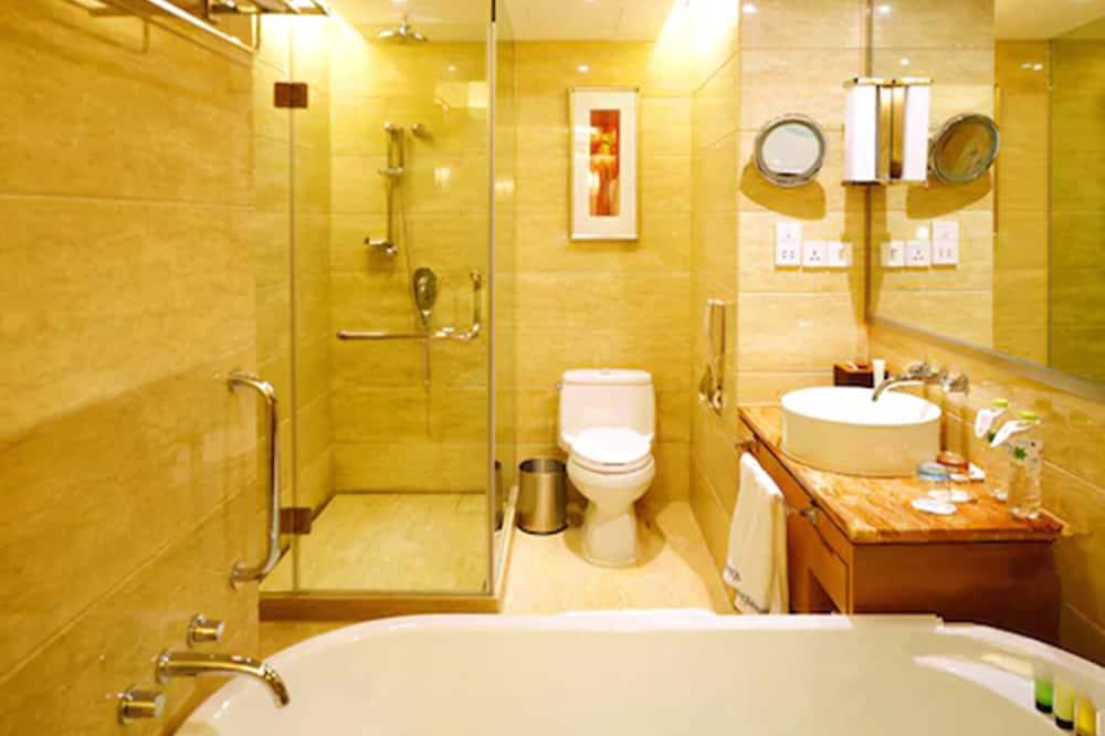 Deluxe Twin Room, 1 Twin Bed, Smoking - Bathroom
