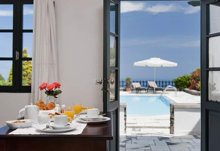 Anthonas Apartments, Santorini, Apartment, Room
