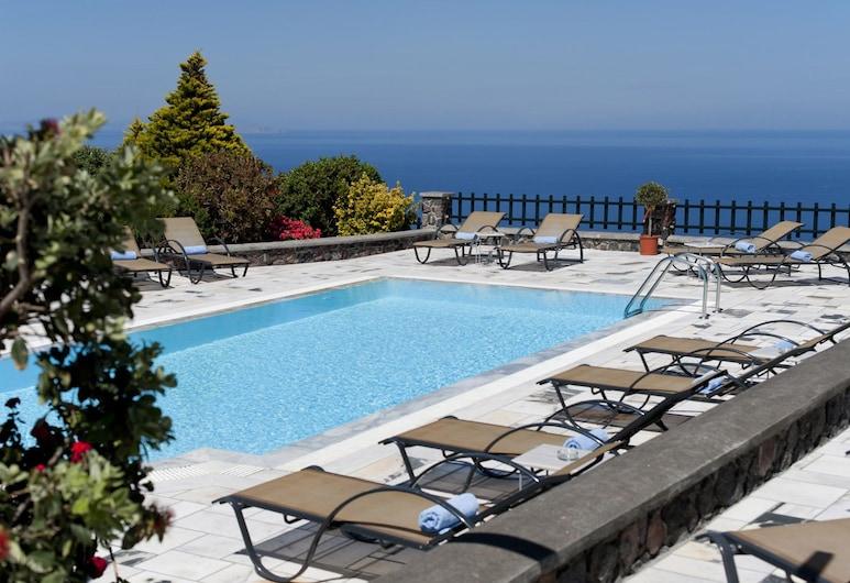 Anthonas Apartments, Santorini, Outdoor Pool