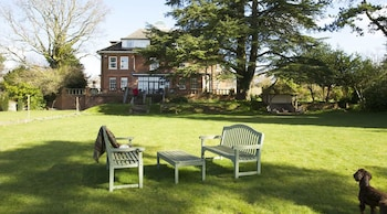 Picture of The Manor at Sway in Lymington