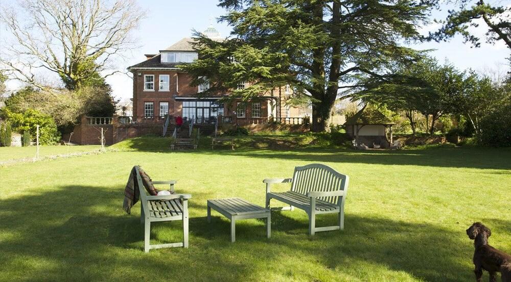 The Manor at Sway, Lymington