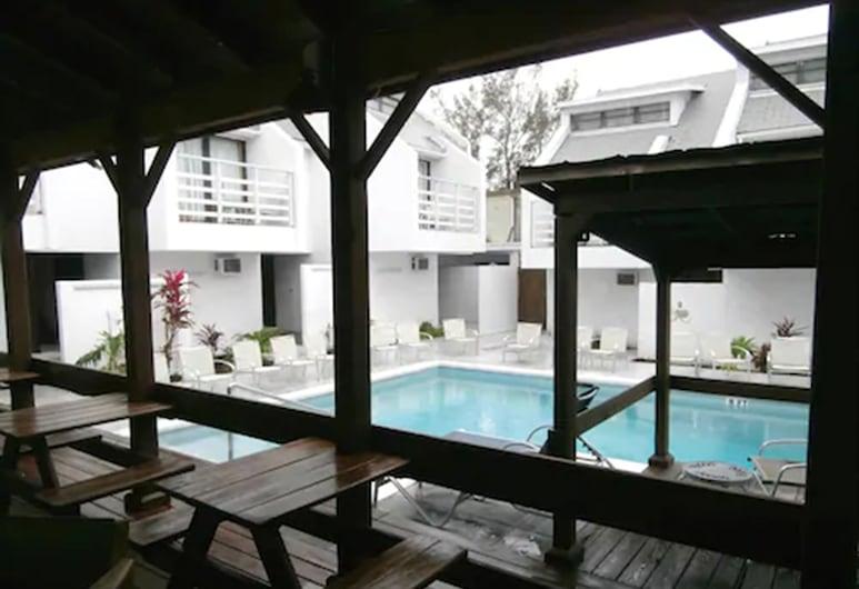 Land Shark Coco Plum Resort, Naso, Terase/iekšējais pagalms
