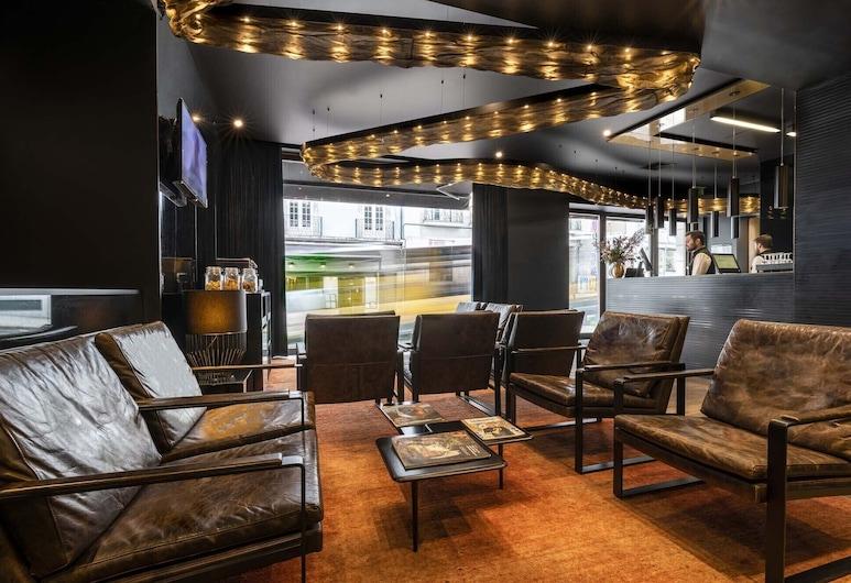 9HOTEL MERCY, Λισσαβώνα, Καθιστικό στο λόμπι