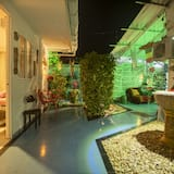 Basic Double Room - Courtyard View