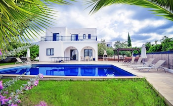 Picture of Azzurro Luxury Holiday Villas in Pegeia
