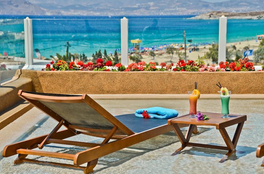 Naxos Island Hotel, Naxos