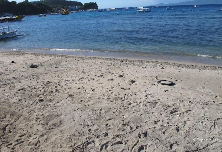 Seashore Beach Resort, Puerto Galera, Beach
