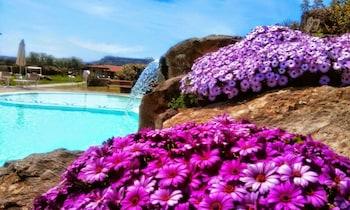 Choose This Luxury Hotel in Alghero