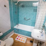 Szoba kétszemélyes ággyal, 1 kétszemélyes ágy, privát fürdőszoba, kilátással az óceánra - Fürdőszoba