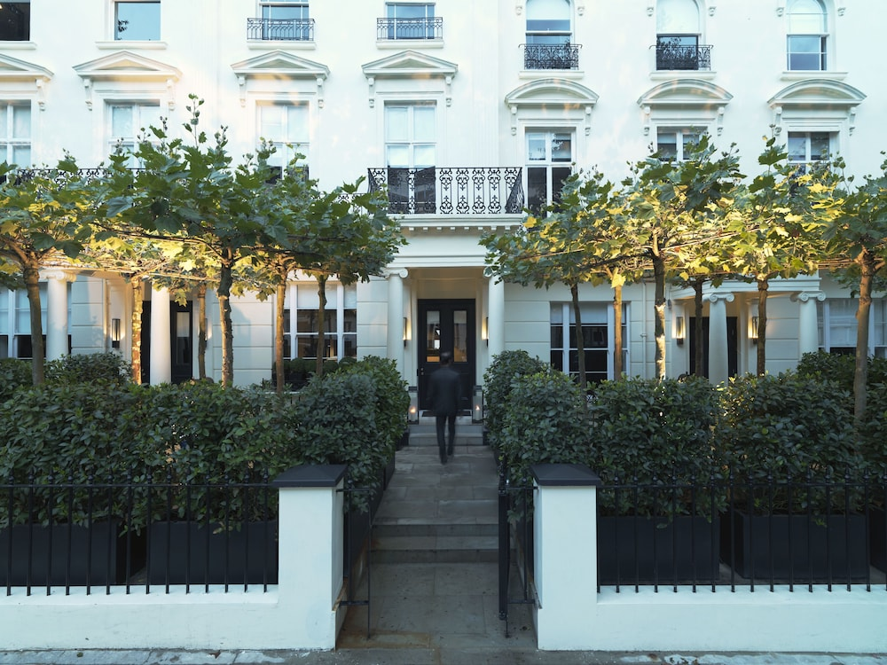 La Suite West Hyde Park London