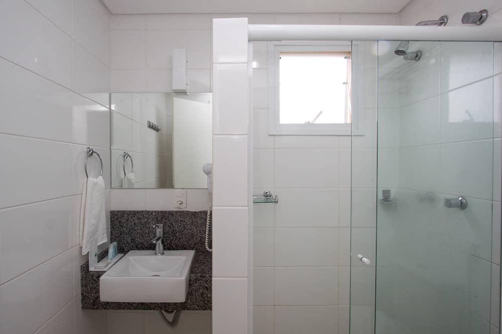 Junior Single Room - Bathroom