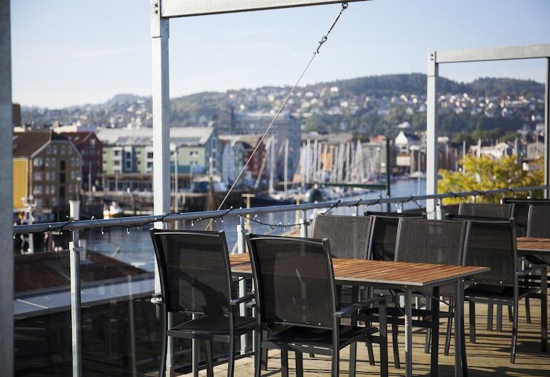 P-Hotels Brattøra, Trondheim, Obiekty restauracyjne na zewnątrz