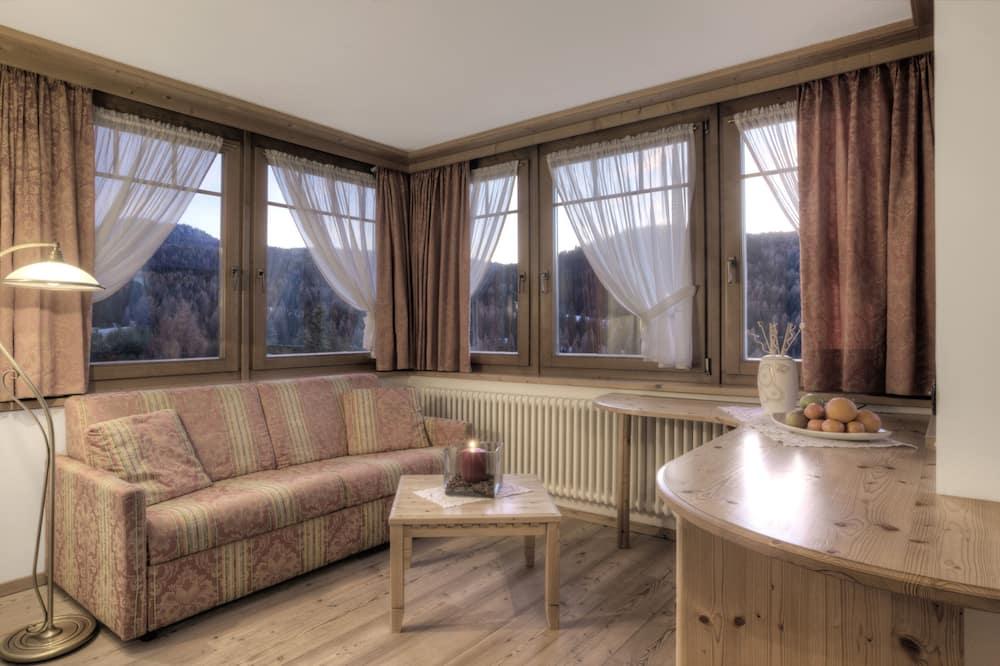 Четырехместный номер «Комфорт», 1 спальня, вид на горы - Зона гостиной