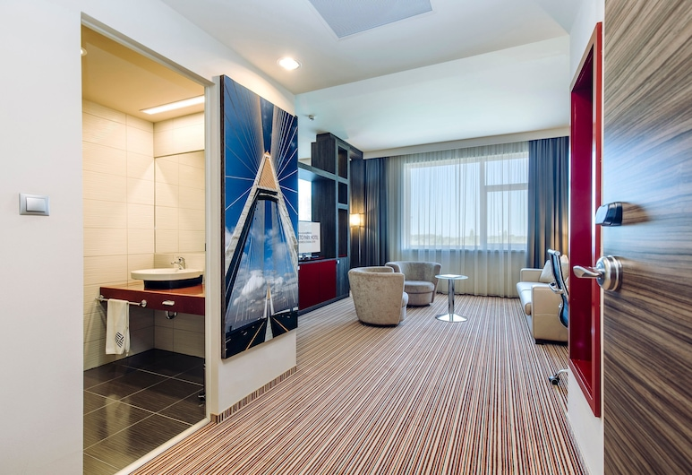ETO Park Hotel Business & Stadium, Gyor, Executive Suite Stadium View, Habitación