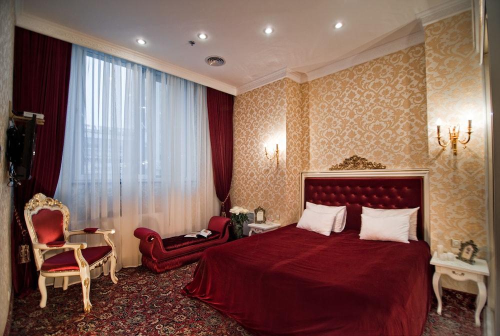 Royal Hotel De Paris, Kiev