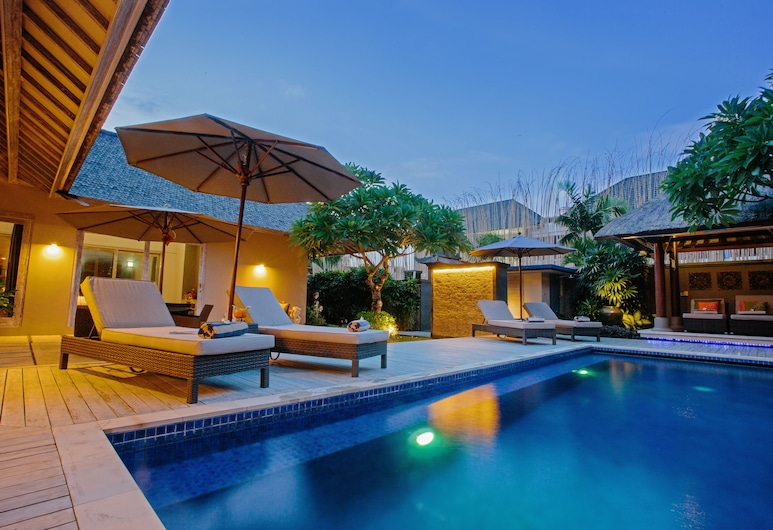 Tis Villas Seminyak by Premier Hospitality Asia, Seminyak, Piscina