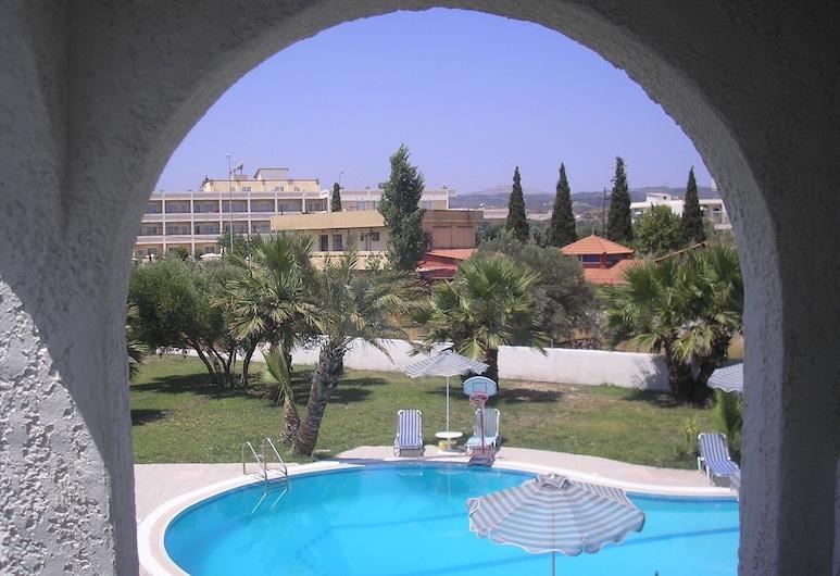 Argo Hotel, Rodosz, Standard szoba kétszemélyes vagy két külön ággyal, kilátással a medencére (with Breakfast), Vendégszoba kilátása